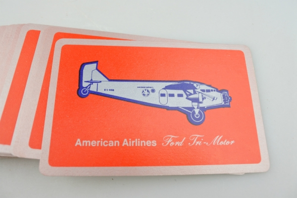 vi-americanairlines-playingcards