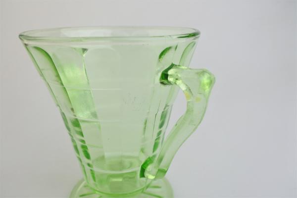 vi-hocking-depressionglass