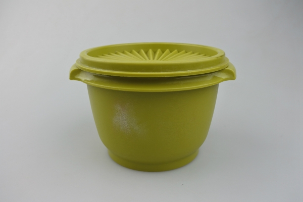 vi-tupperware-bellbpoppie-ag