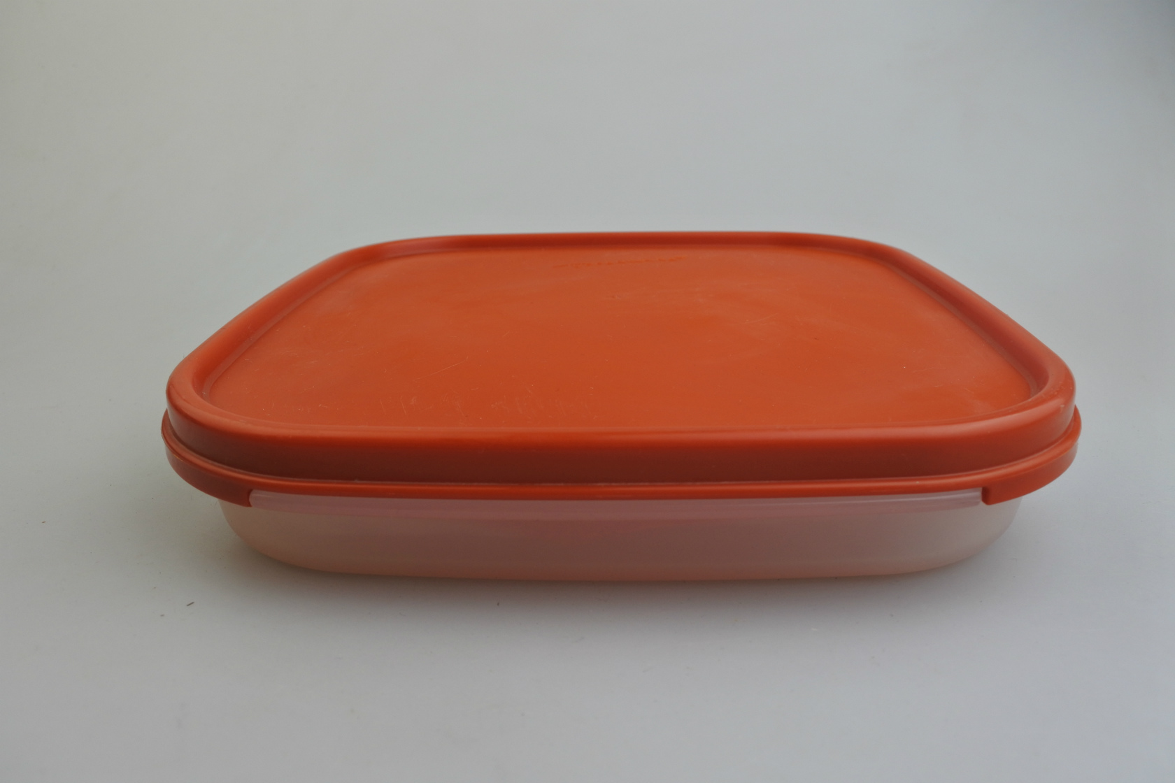 tupperware-squaresunoko-cren