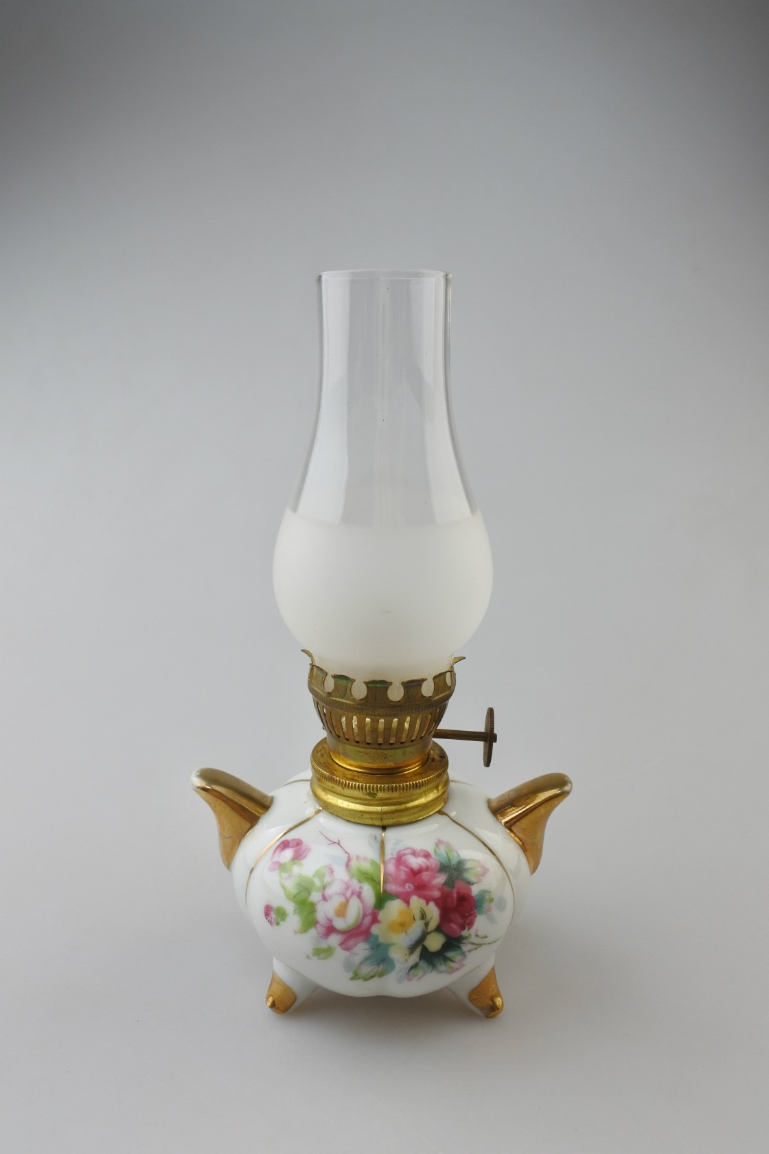 vi-arnartcreations-lamp