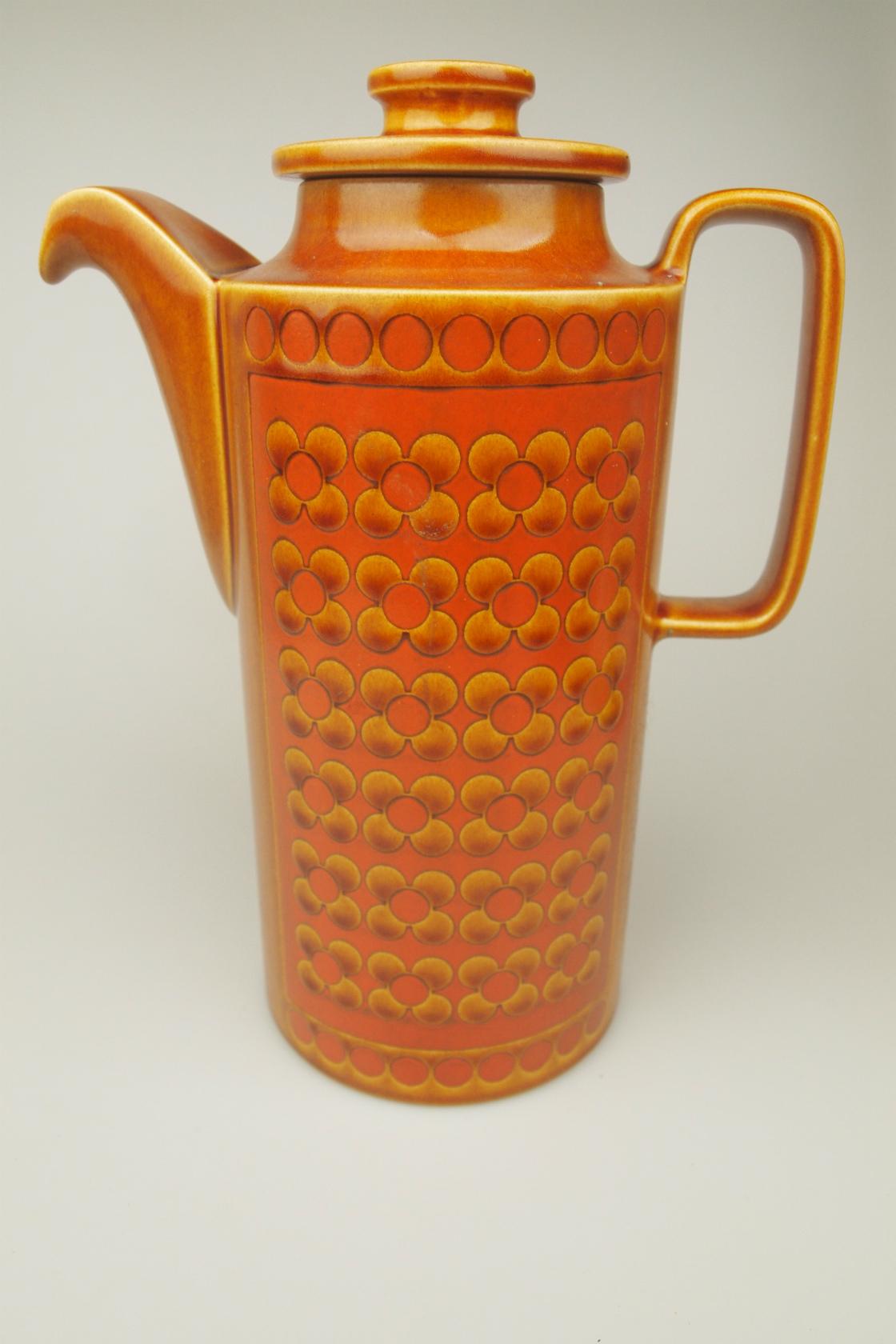 vi-hornsea-saffron-coffeepot